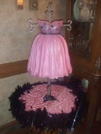 sweet sixteen dress form cake